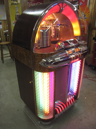 Wurlitzer Jukebox Restoration and Repair St Louis
