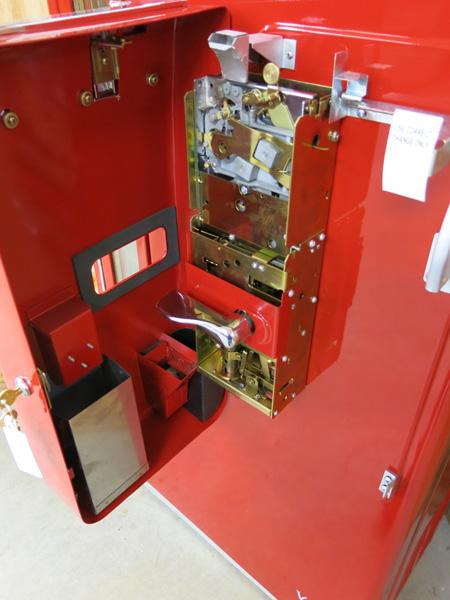 Vendo Coke machine restoration, Vendo Coca-Cola Machine