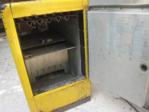 Ideal 85 Slider RC loading door before