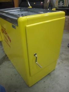Ideal 85 Slider RC side door outside
